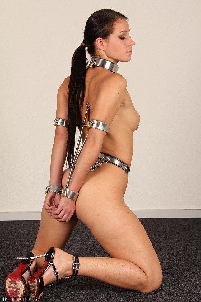 Asian free bondage photos