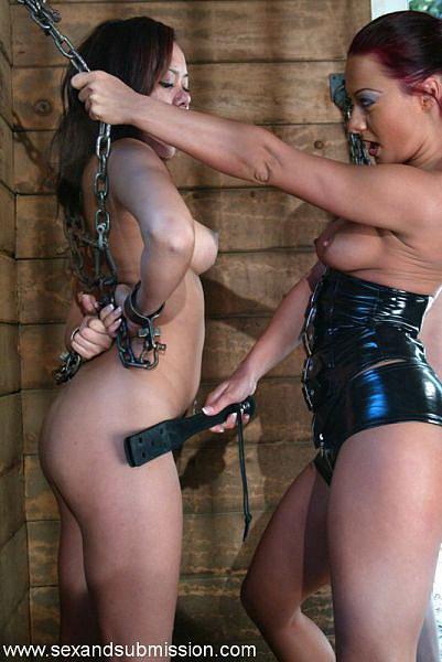 Фотогалерея женского доминирования бондаж страпон фото 344-696