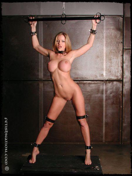 Бондаж голой женщины фото 66-451